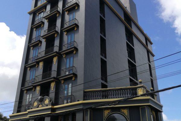 A LIST HOTEL
